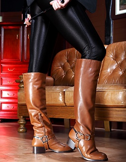 Sexy Equestrian Boots!